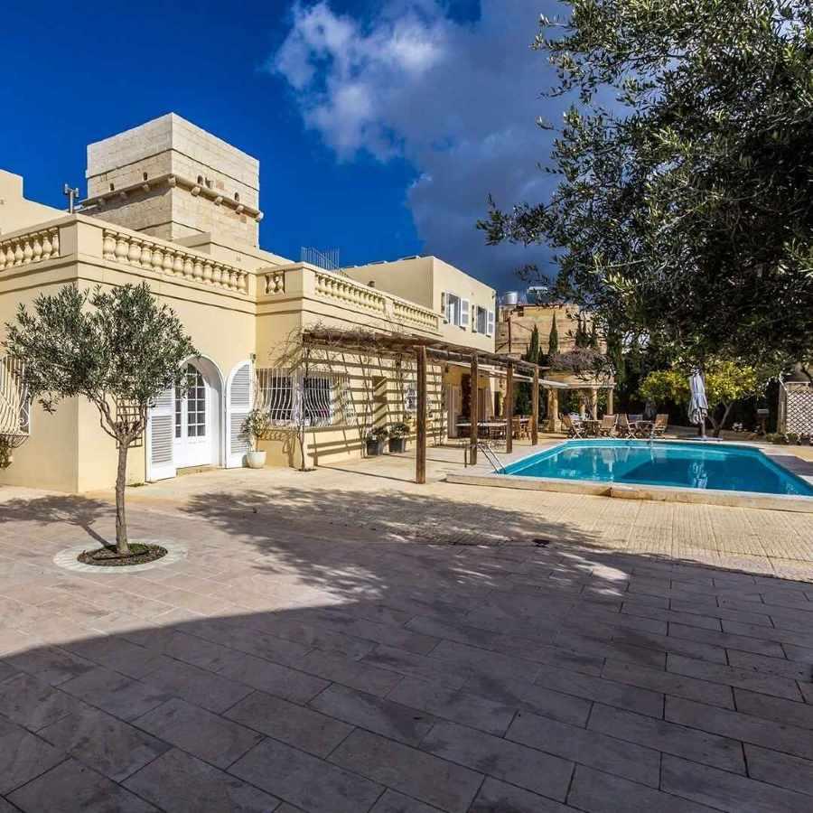 Villa Real Estate in Malta